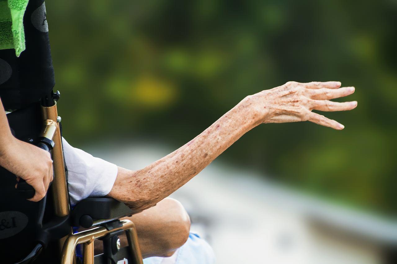 高齢化は地方ではなく都市でヤバい。データで見る日本と東京の未来