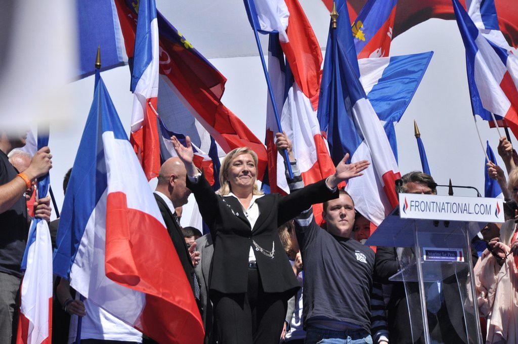 トランプの次はフランス?極右マリーヌ・ルペンが仏大統領になる日